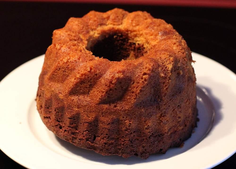 Marmorkuchen fein und luftig mit Sahne