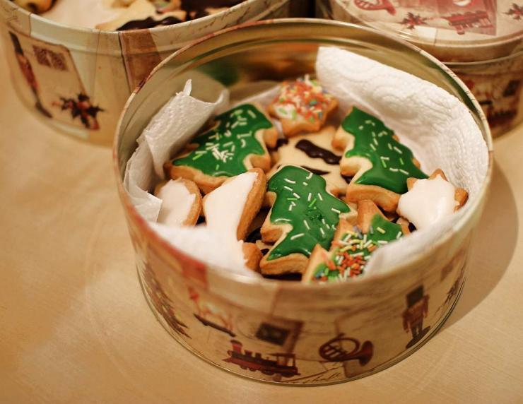 Kekse gehören in die Keksdose auch zu Weihnachten