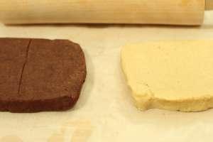 Schwarz-Weißes Schachbrettmuster für die Kekse.