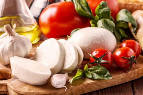 Gegrillte Tomaten Caprese