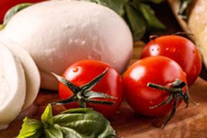 Gefüllte Tomaten Caprese